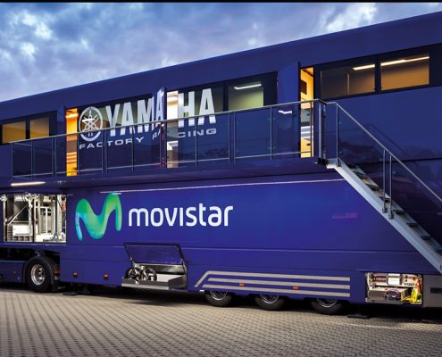 Yamaha Racetrailer Pop Up - exterior view with stairs