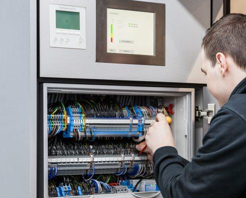 Elektrotechniker oder Elektromeister
