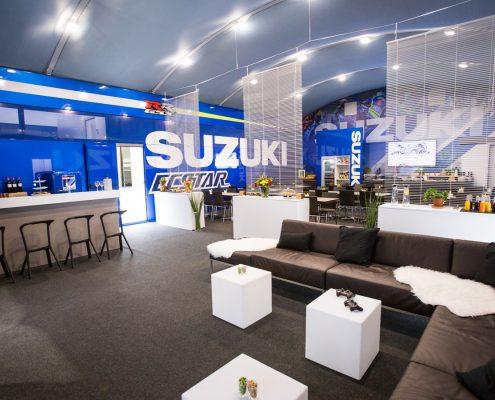 Suzuki Hospitality - Innenansicht Lounge