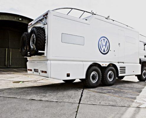 Offroad Wohnmobil VW Heckansicht