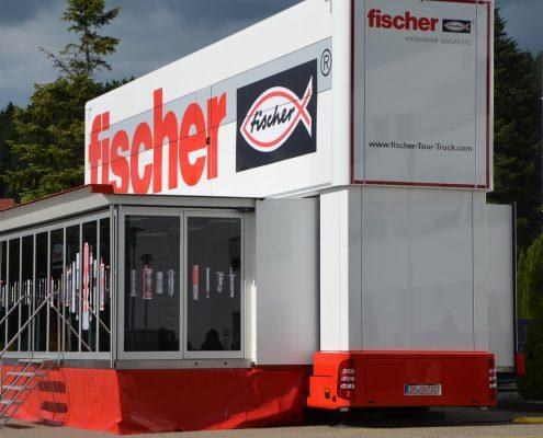 Promotion truck Fischer - Aussenansicht Pop Up mit Bühne