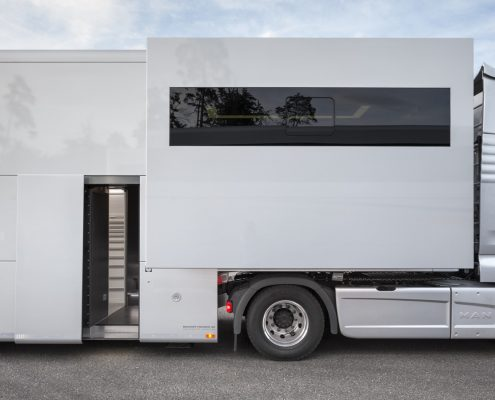 Audi Customer Service Racetrailer door