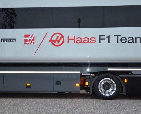 Haas F1 Racetrailer TT Pop Up Slider Custom