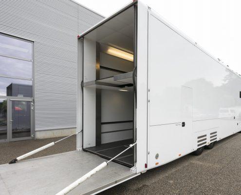 Peugeot Racing Racetrailer - Heckansicht