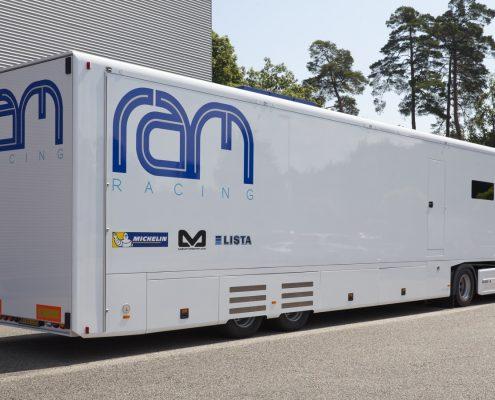 RAM Racing Racetrailer - Heckansicht