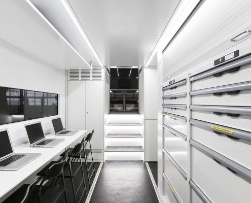 Audi Sport Racetrailer - workplaces and storage