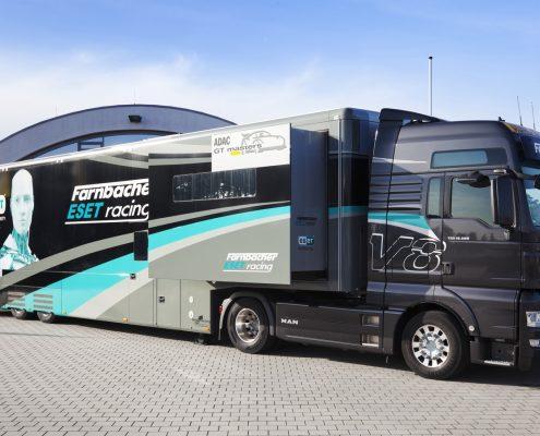 Farnbacher Racing Racetrailer Car Pop Out - Aussenansicht