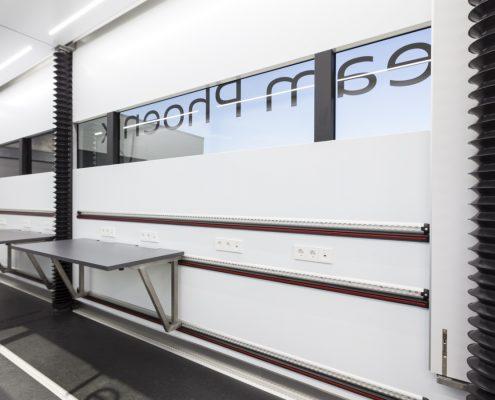 Phoenix Racing - Racetrailer Car Pop Out Flex - Innenansicht