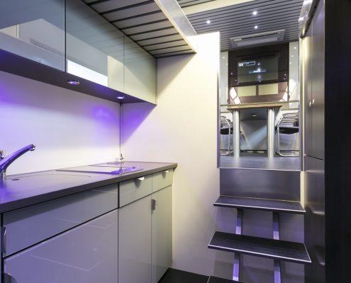 Peugeot Racing Racetrailer - Küche