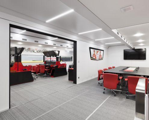 Scuderia Ferrari - Racetrailer TT Pop Up Slider Custom Innenansicht