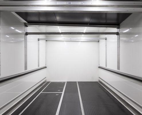VW Motorsport Racetrailer - transport area