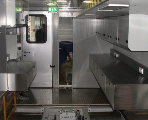 VW Mobiles Abgasmesszentrum - Innenansicht