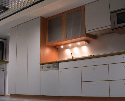VW Mobiles Abgass-Zentrum - Küche