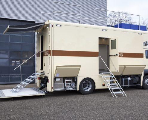 KHG technical truck 3 - outside