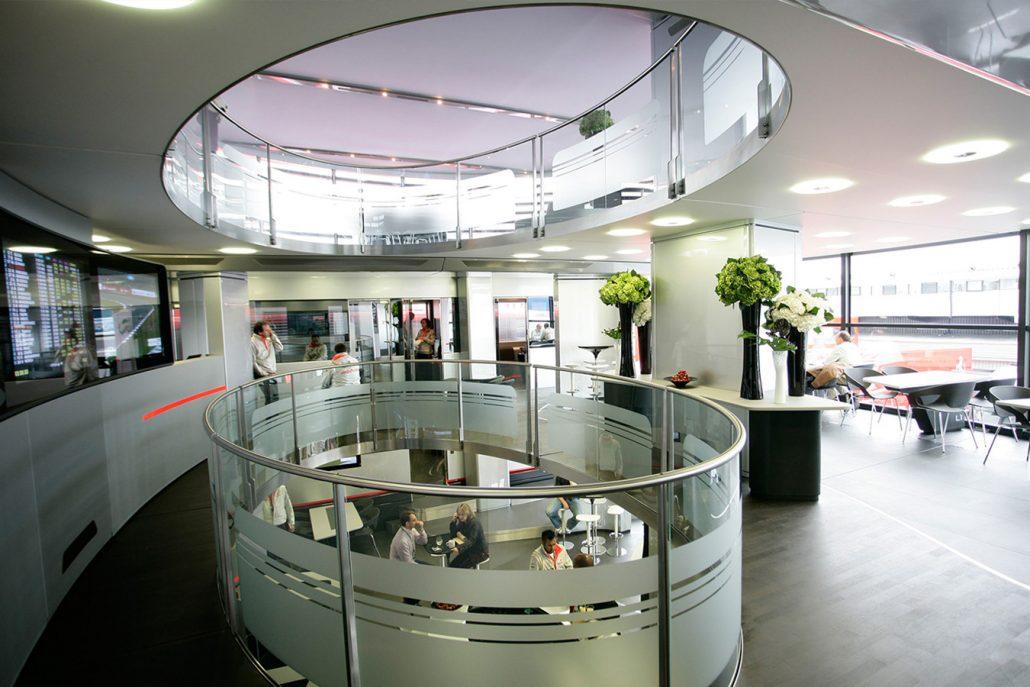 McLaren Hospitality - inside